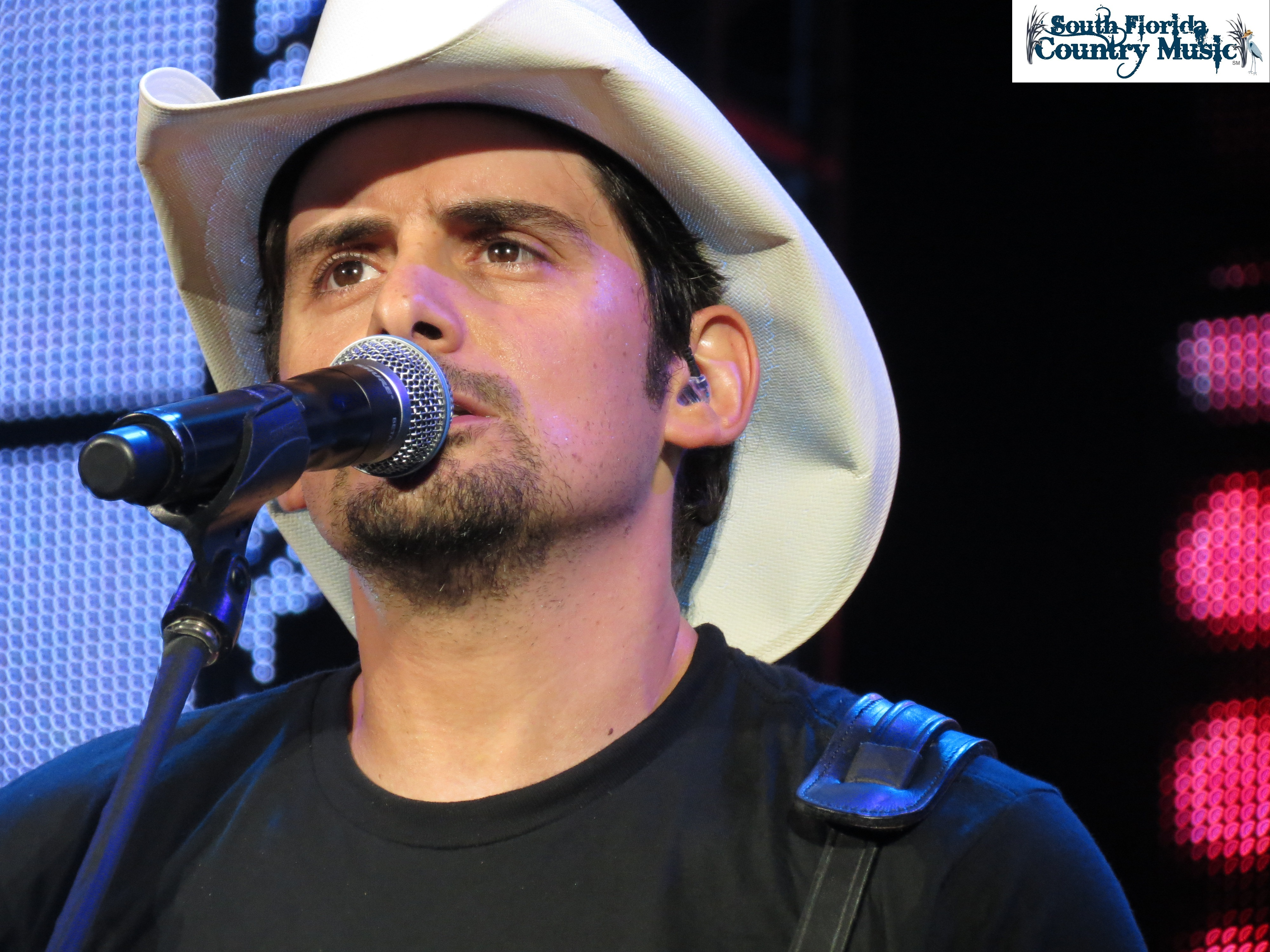 brad paisley i cant change the world Watch brad paisley's videos on myspace, a place where people come to connect, discover, and share i can't change the world - lyric video brad paisley 4:41 plays143.