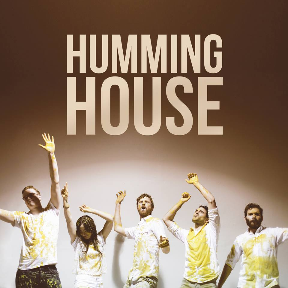 Video great divide by humming house hometown country for Great house music